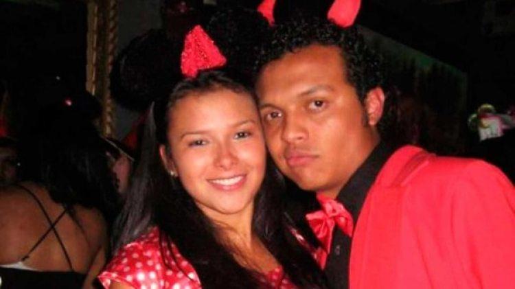 El presunto joven asesinado de 20 años, Luis Andrés Colmenares, junto a una de las implicadas, Laura Moreno.