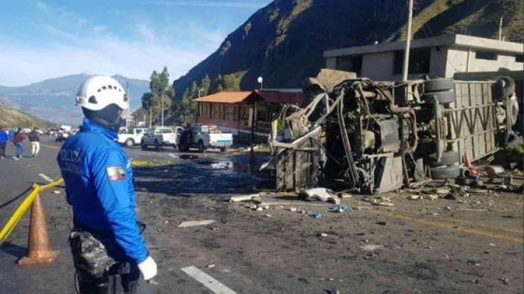 El accidente de un bus en Ecuador terminó con la captura de seis integrantes de una red llamada 'Los mercaderes de la frontera'.