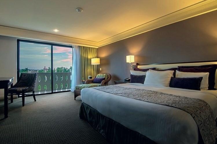 El astro vive en uno de los últimos pisos del Hotel Lucerna, en la ciudad de Culiacán