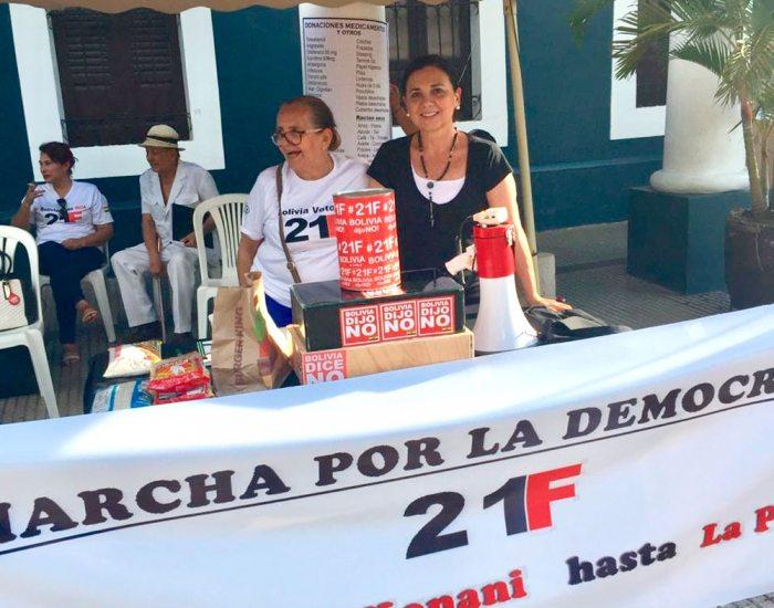 VIGILIA DE ACTIVISTAS POR EL 21F.