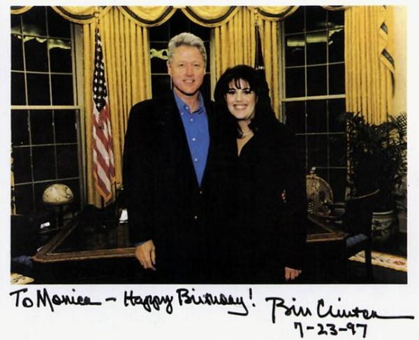 Por primera vez, Monica Lewinsky habló de su encuentro íntimo con Bill Clinton y el vestido manchado más famoso de la historia de Estados Unidos