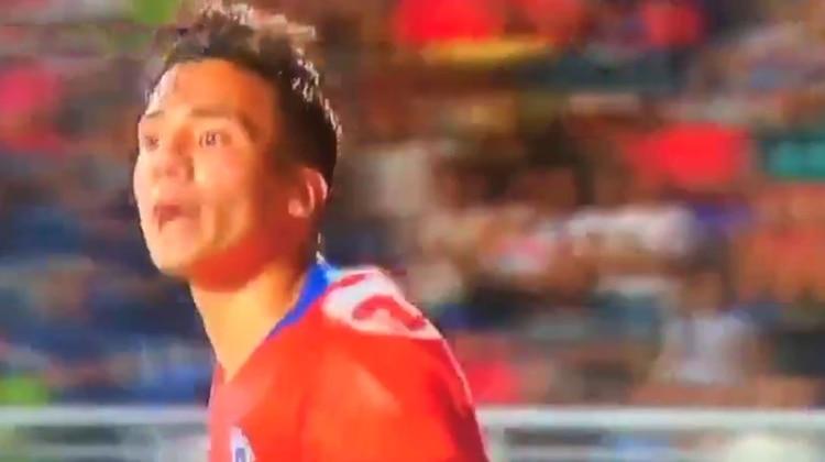 """""""Muerto de hambre"""": la agresión de un futbolista chileno a su colega de Venezuela que genera indignación"""