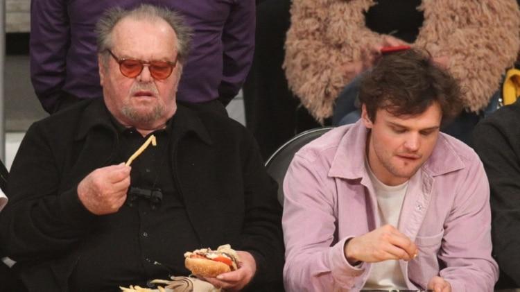 Jack Nicholson sorprendió por su imagen en un partido de basquet