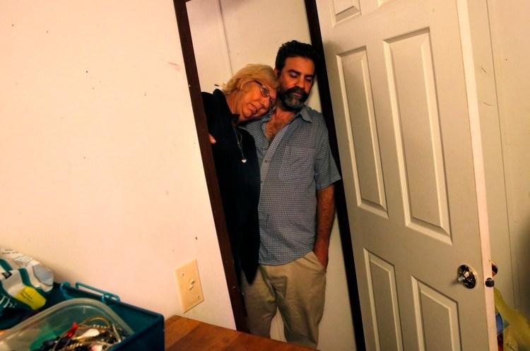 Kim Mincks y Jacob Scott Chastantvivían en la casa de los Theriot (AP/Gerald Herbert)