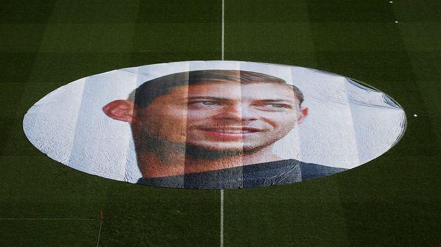 La UEFA decreto un minuto de silencio en los partidos de la semana