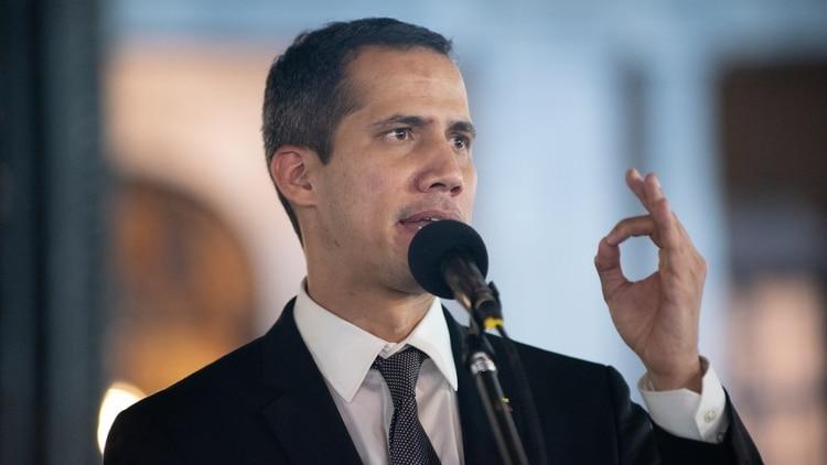 Guaidó exhorta a Europa a intensificar las sanciones