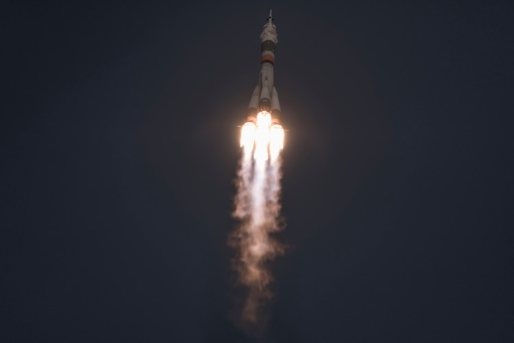 Segundos después del despegue de Soyuz MS-11. (Maxim Babenko/The New York Times)