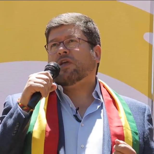 Cómputo en ESPAÑA al 35% del total de votos:  Mesa 57%,  Evo 21%, Chi 7 %, Ortiz 4%….