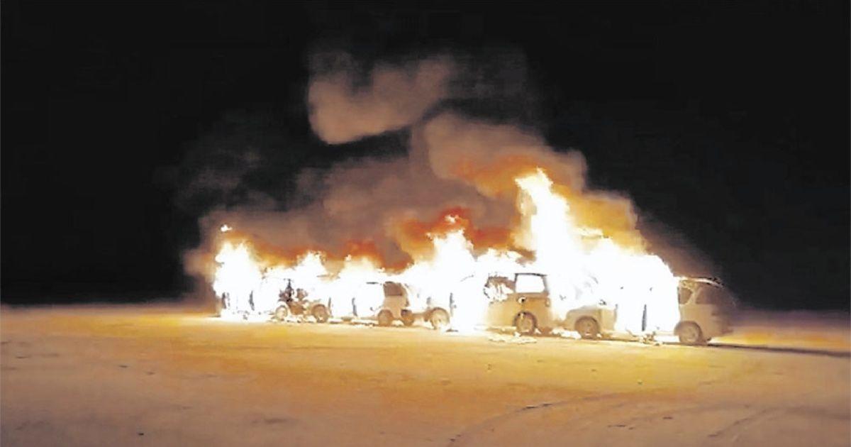 Incineran 17 vehículos y caen siete 'chuteros'