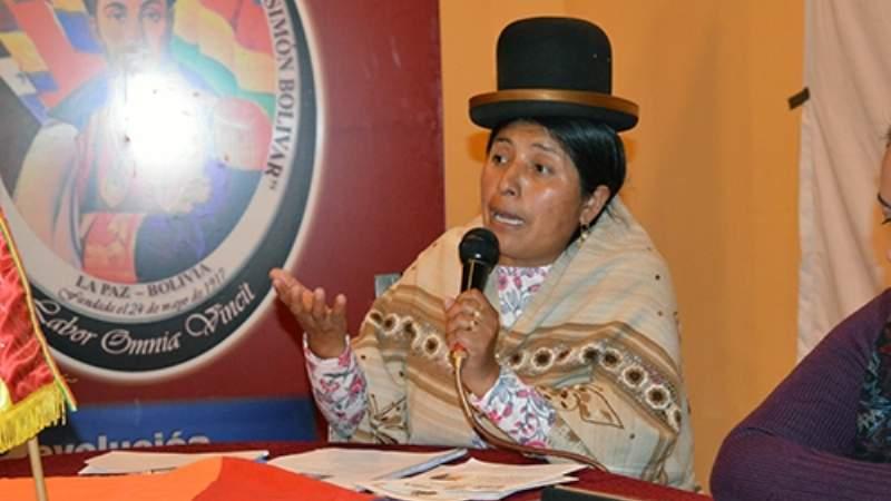 YPFB invitó por correo a la radio de Francisca Alvarado, denuncia senador Nuñez