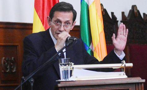El presidente del Tribunal Supremo de Justicia (TSJ), José Antonio Revilla, en la entrega de su informe.Foto: APG