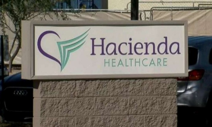 La entrada del hospital Hacienda Health Care de Phoenix, Arizona.