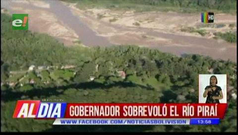 Rubén Costas sobrevoló río Piraí para verificar estado de los defensivos