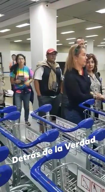 Avión de BoA dejó maletas de pasajeros en Miami por sobrepeso y desvió a Cochabamba