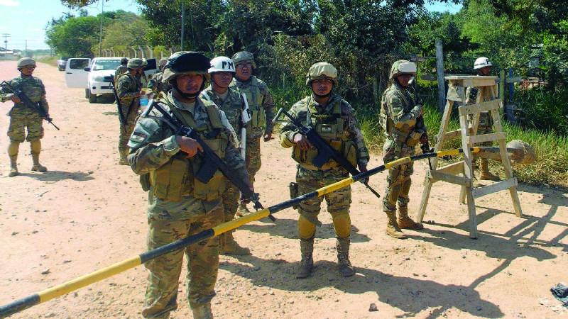 Freno al narcotráfico: Gobierno boliviano militariza Beni y retiene más de 100 avionetas