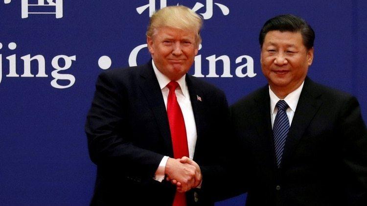 Trump dice admirar a su par chino Xi Jinping, quien recientemente derogó los límites a los mandatos presidenciales