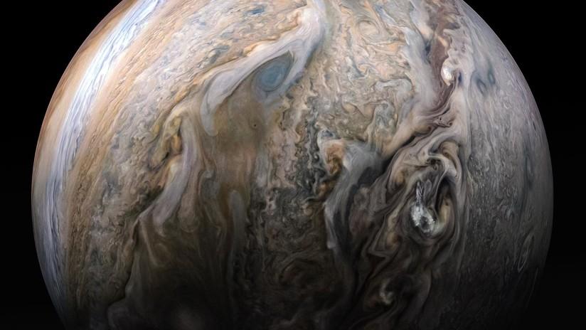 FOTO: La sonda Juno capta el tormentoso hemisferio norte de Júpiter y sus etéreas nubes