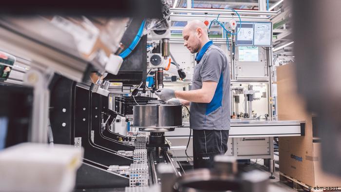 Firma ebm-papst Produktion von Ventilatoren (ebm-papst)