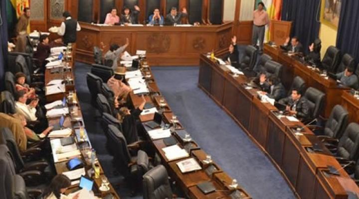 Según la encuesta de UMSA y Jubileo, habría empate en el Senado