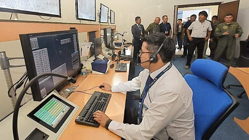 Bolivia pone en marcha su primer sistema de radares para el control aéreo