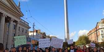 #IrlandaBolivianos en Dublín también protestan. Nos envían fotos…