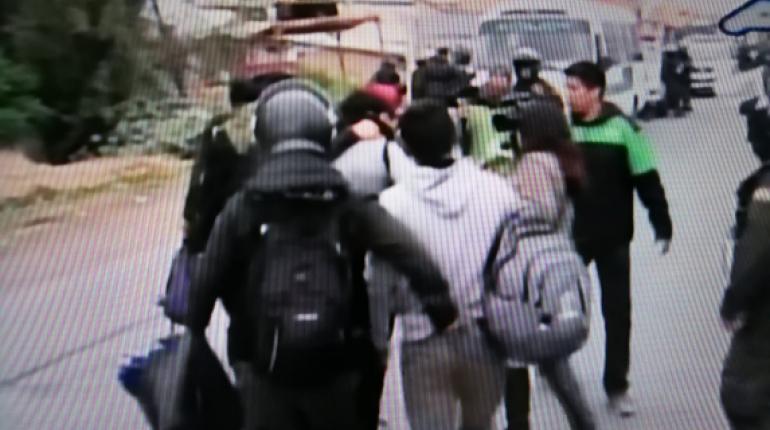 Vía Cochabamba-Santa Cruz: Policía realiza control en Huayllani ante llegada de grupos del MAS - eju.tv