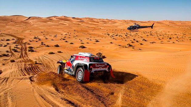 Peterhansel se llevó la etapa 11, pero Carlos Sainz quedó a un paso de ganar el Rally Dakar 2020