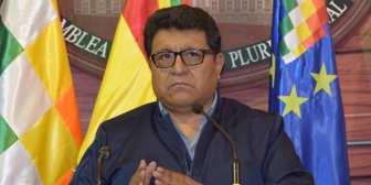 Senador denuncia suspensión de pago del bono Juana Azurduy que beneficia a mujeres e… Senador denuncia suspensión de pago del bono Juana…