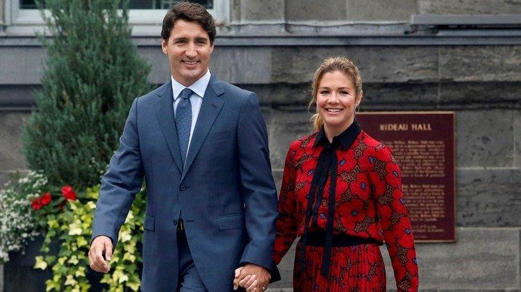 La semana pasada las autoridades canadienses confirmaron que la primera dama Sophie Trudeau contrajo coronavirus tras un viaje a Londres (REUTERS/Patrick Doyle)