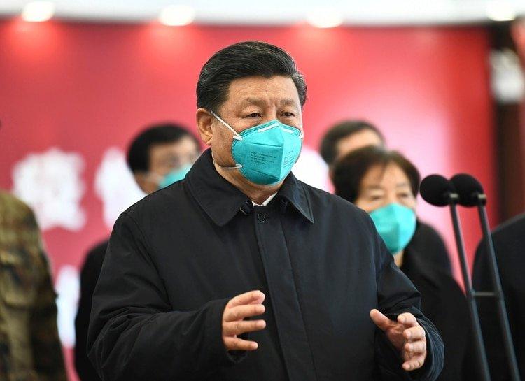 Trump baraja rebajar las medidas contra el coronavirus por impacto económico