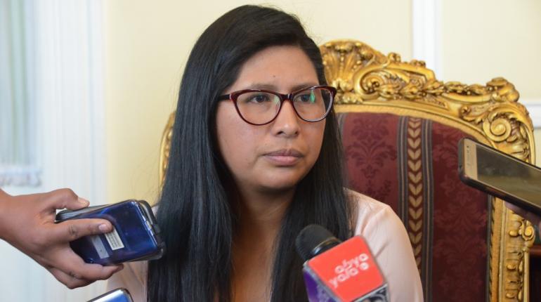 Resultado de imagen para Eva Copa presidente del Senado Bolivia