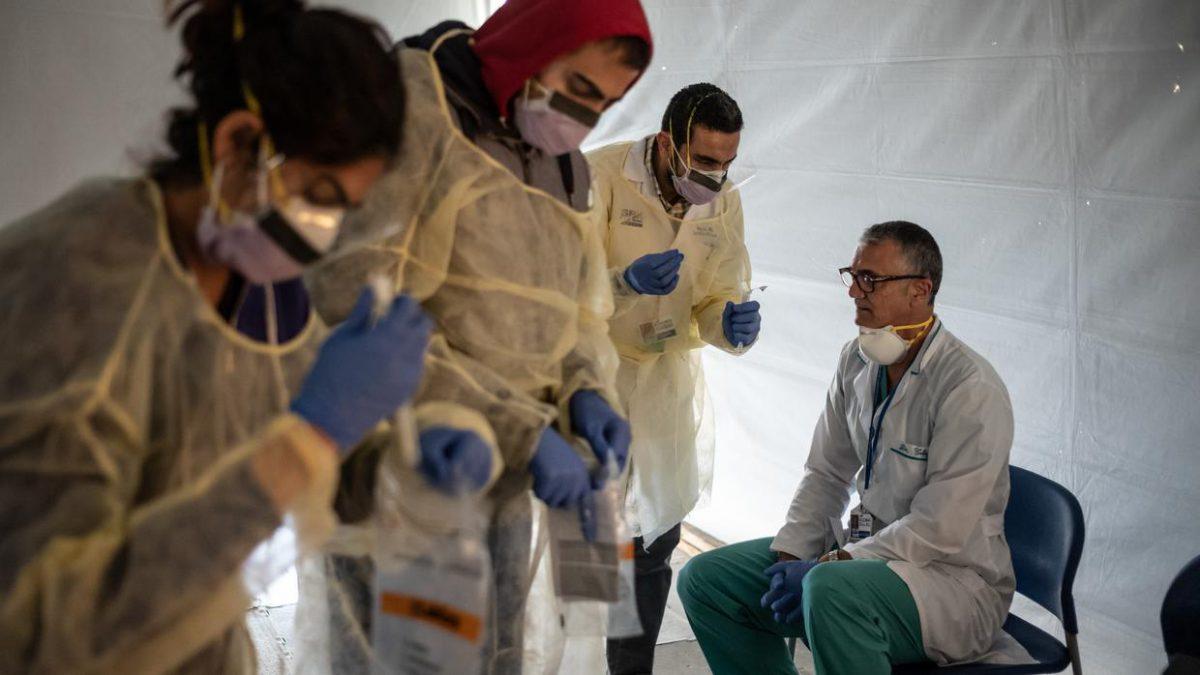 Resultado de imagen de Empleados de al menos ocho almacenes de Amazon dieron positivo al coronavirus