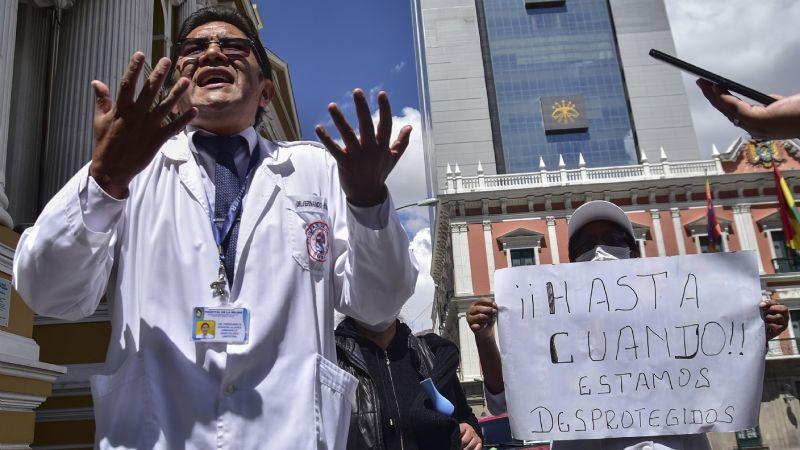 Médicos de cuatro hospitales se autoaislan por riesgo de tener coronavirus