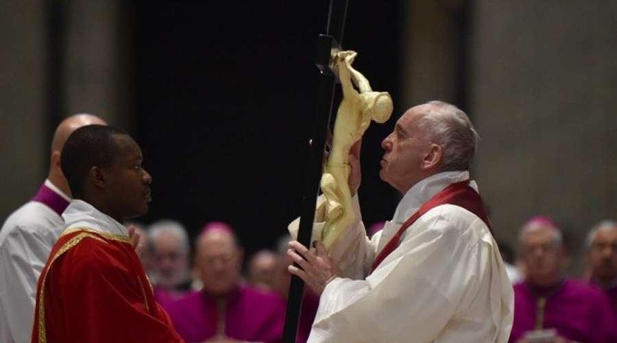 El Papa Francisco en el Viernes Santo de 2018. Crédito: Vatican Media