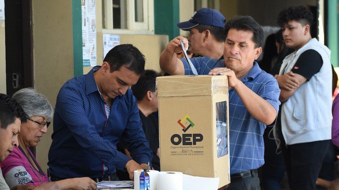 TSE confirma que elecciones generales serán el 3 de mayo - El País ...