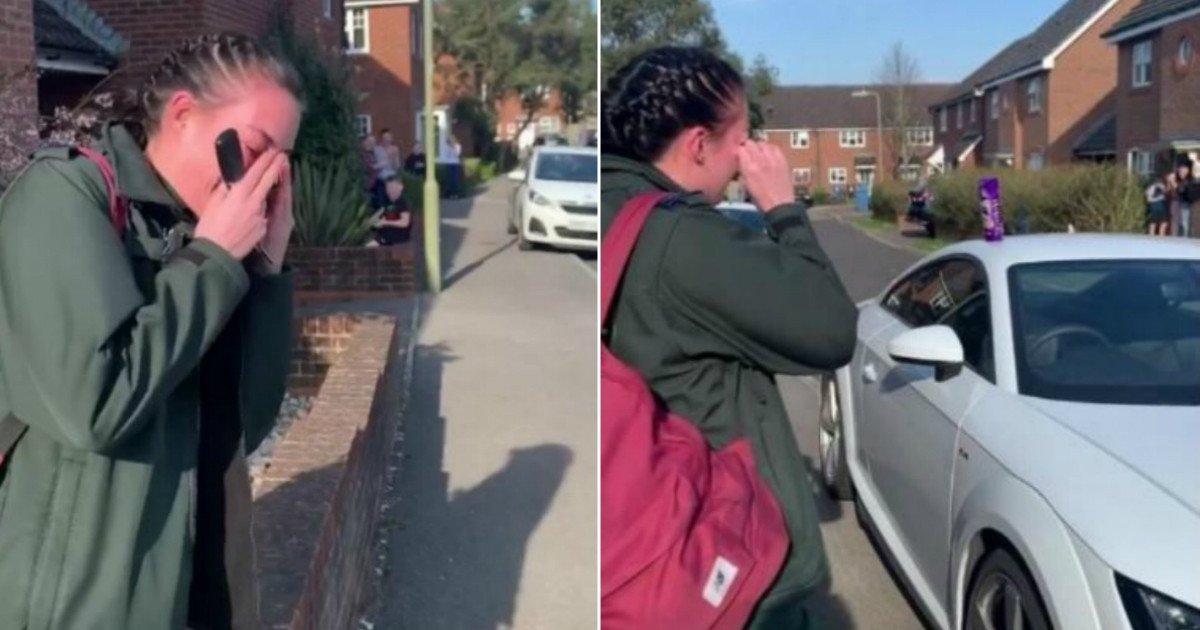 Paramédica rompe en llanto al recibir el aplauso de sus vecinos cuando salía a trabajar