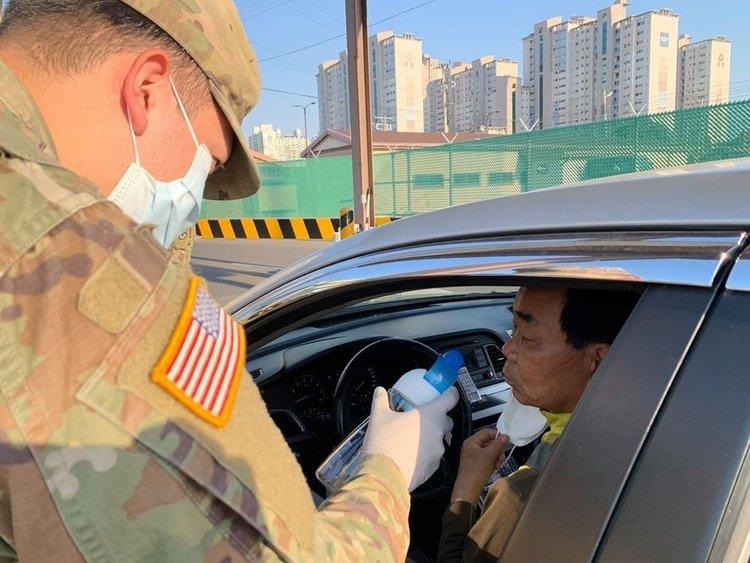 El test rápido permitiría detectar casos desapercibidos por falta de fiebre