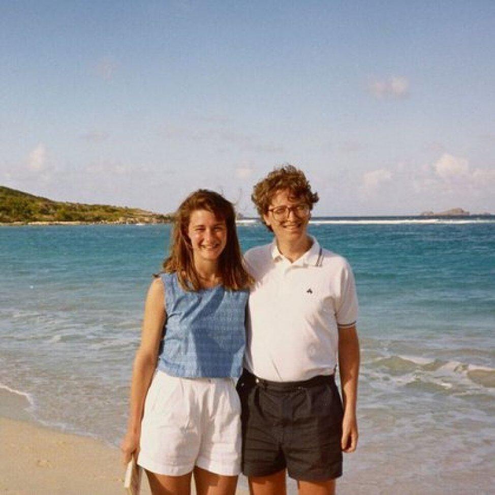Melinda y Bill Gates durante unas vacaciones en la playa (Foto: Instagram@melindafrenchgates)