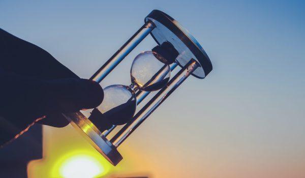 Fejtörő gondolkodj: Sötétben egy lámpával