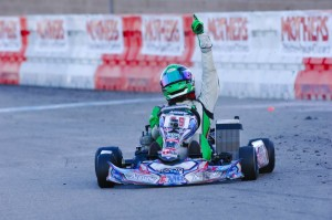 Rowe crossing the line first in Las Vegas (Photo: On Track Promotions - otp.ca)