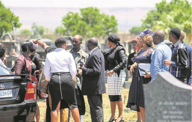 Fighting at funeral