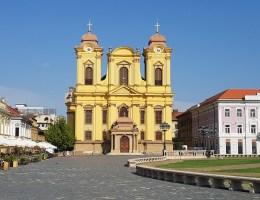Verrassingsreis-vlog Roemenië #2 | Wat vinden we van Roemenië en een shoplog