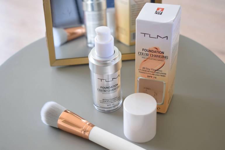 Foundation die zich aan je huidskleur aanpast: werkt dat?
