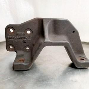 Ford Engine Mount Bracket #f81a 6a070 Db A