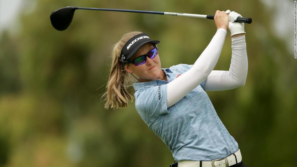brooke-henderson-hits-the-front-on-'stinking-hot'-day-in-california