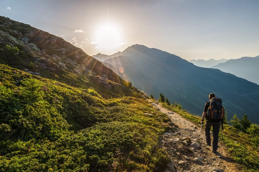 massachusetts-man-dies-while-hiking-in-new-hampshire:-officials