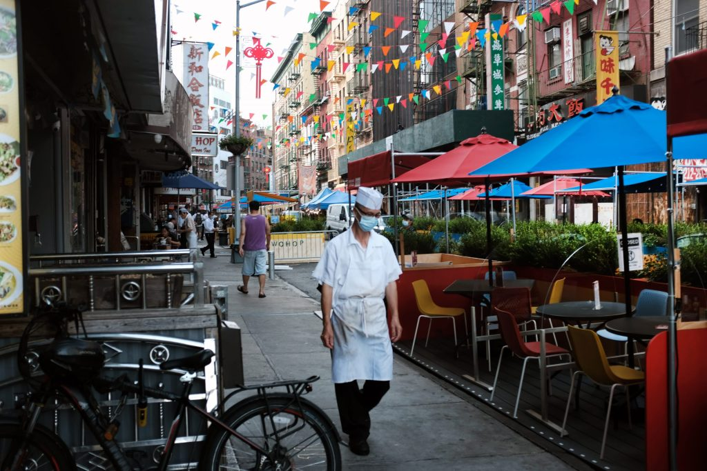 coronavirus:-struggling-restaurants-brace-for-winter;-who-reports-record-one-day-spike-in-cases