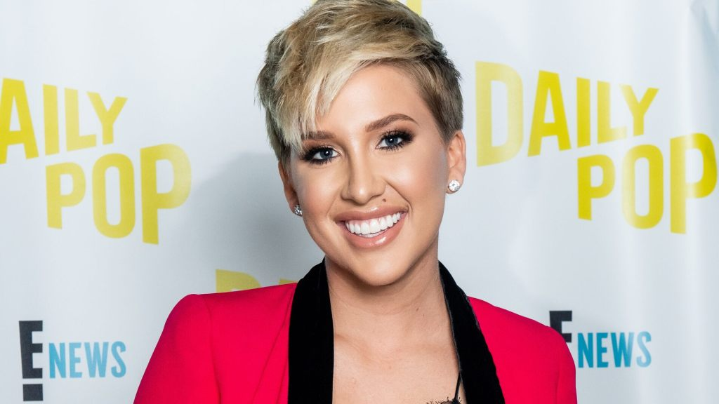 savannah-chrisley-splits-from-fiance-nic-kerdiles-nearly-2-years-after-engagement