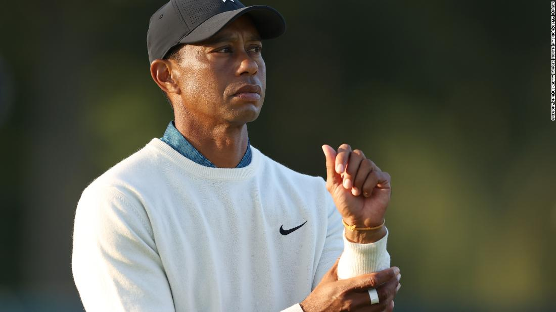 'brutal'-winged-foot-takes-its-toll-as-tiger-woods-departs