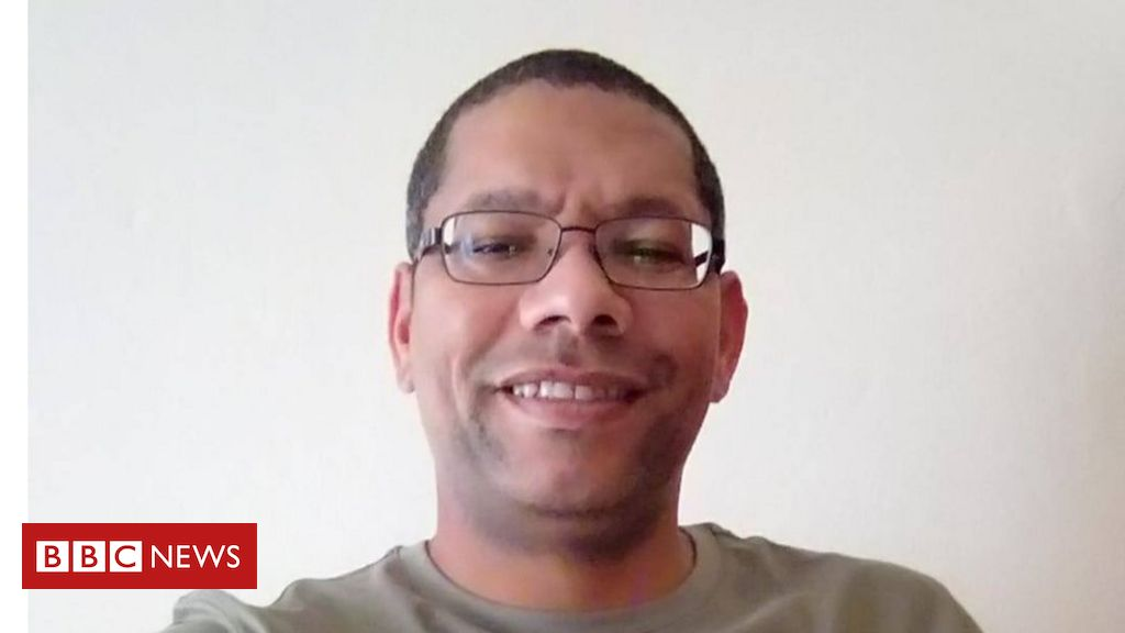 Glen Snyman: South African accused of fraud for saying he's 'African'